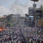 Bernyanyi dan menari, orang Haiti berduyun-duyun ke jalan sebagai protes anti-pemerintah