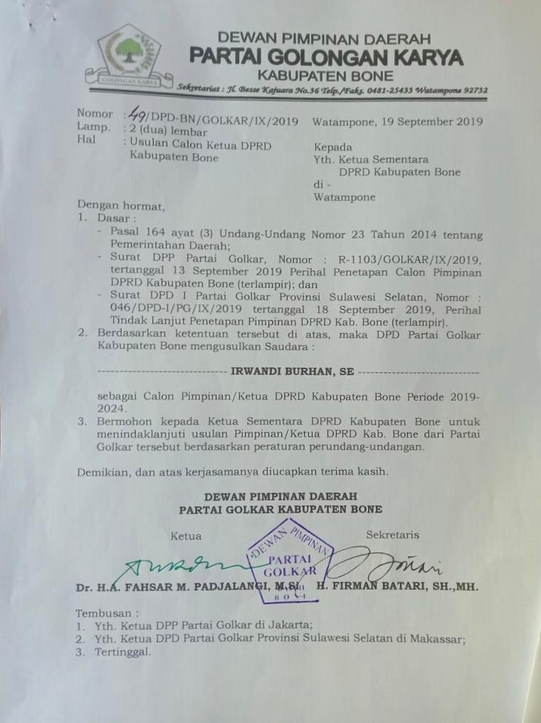 H. A Fahsar M. Padjalangi Tandatangani usulan penetapan Irwandi Burhan selaku Ketua DPRD Bone
