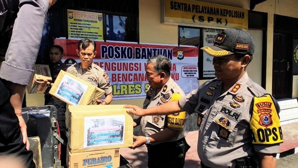Polres Sinjai salurkan bantuan untuk Pengungsi Wamena dan Gempa Maluku