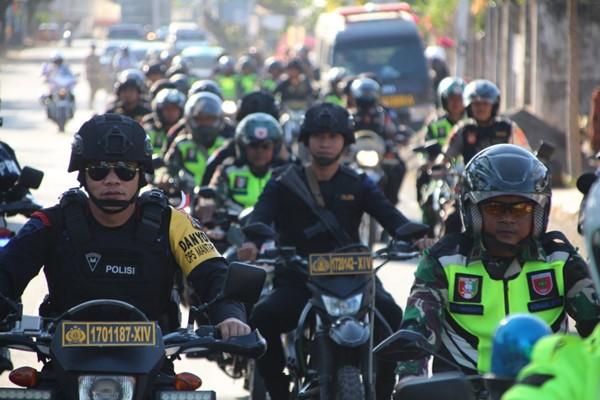 Jelang Pelantikan Presiden dan Wakil Presiden, Gabungan TNI-POLRI Gelar patroli skala besar di Wilayah Bone