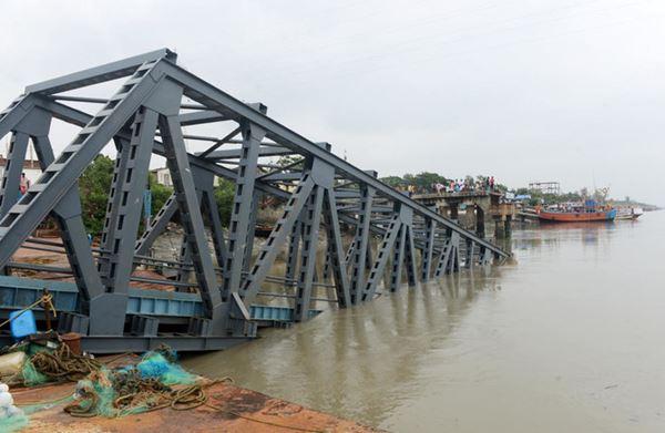 20 Tewas saat Topan Bulbul menabrak pantai India dan Bangladesh