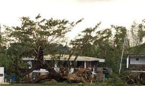 Natal berubah menjadi kekacauan saat Topan Menghantam Filipina