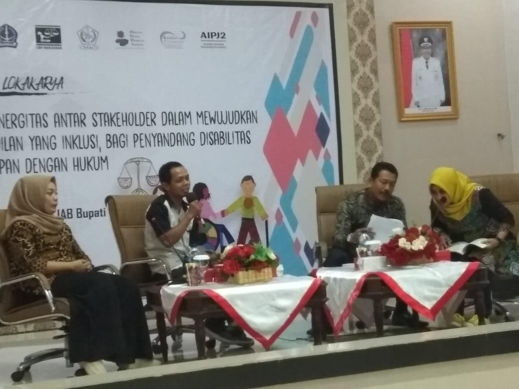 Seminar dan lokakarya Dalam rangka membangun sinergitas antar para pemangku kepentingan di Kab. Bone terkait isu disabilitas