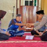 Program Peduli Masjid, Polantas Polres Bone Sumbangkan Al-qur'an ke Masjid Nurul Muttahidah