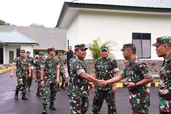 Kunjungan Kera, Pangdam XIV/Hsn Mayjen TNI Surawahadi S.ip M.si di Makorem 141/Tp