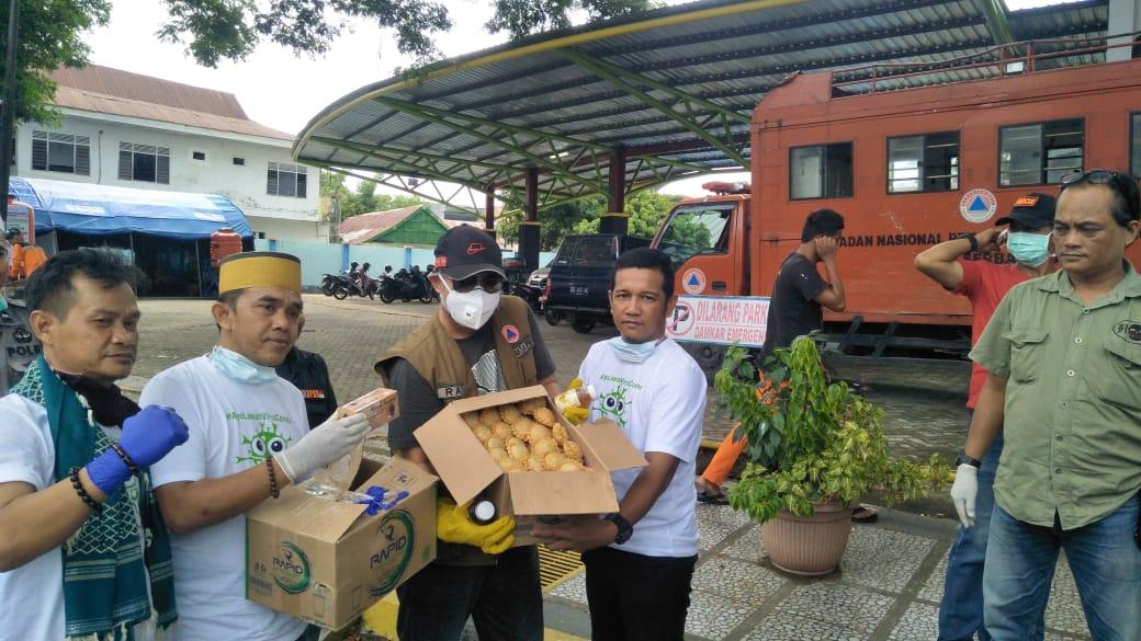 Komunitas KITA SAHABAT bersama Owner Kedai Jalangkote Citarum 191 Berikan Suplemen Kepada Satgas Covid-19
