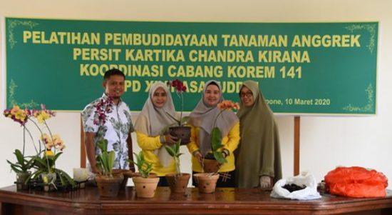 Pelatihan Budidaya Anggrek, Persit KCK 141/Tp Hadirkan Pemateri dari Rumah Anggrek Malino