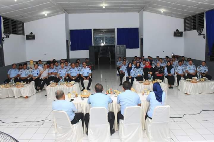 Unit Pelaksana Teknis Kanwil Kemenkumham Sulteng lakukan kunjungan study tour ke Lapas Kelas IIA Bone