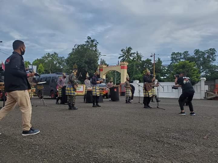 Lewat Lagu, Brimob Yon C Pelopor Kembali Berikan Himbauan Jangan Mudik