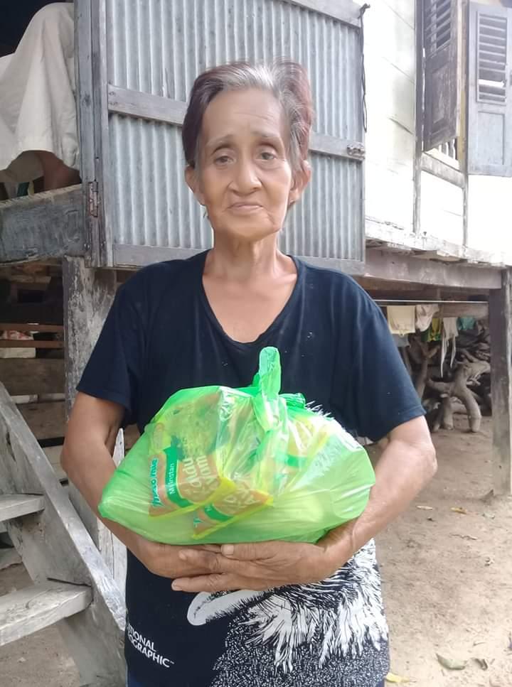 PasKas Bone kembali Bagikan 160 Paket Sembako kepada Kaum Duafa