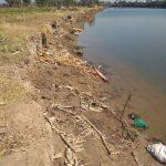Lingkungan Pasuleang II Terancam Hilang Karena Abrasi Sungai pappa