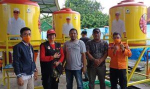 Lawan COVID-19, Anggota DPR RI Andi Rio Idris Padjalangi salurkan bantuan penampungan Air untuk Cuci Tangan