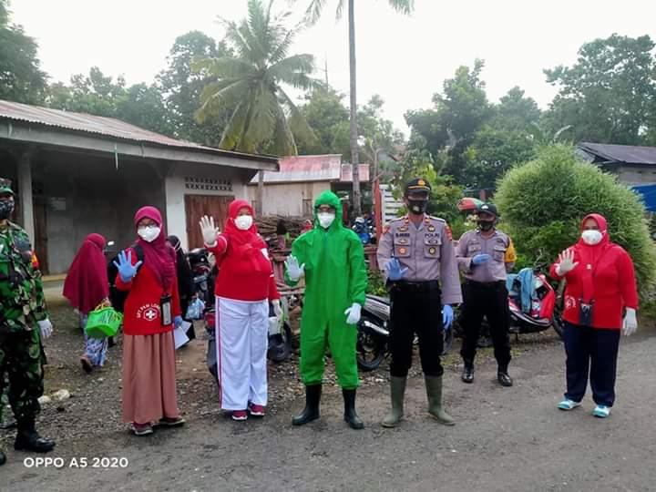 Bersama TGC Kecamatan, Polsek Ponre Gelar Rapid Test di Pasar Induk Kecamatan Ponre