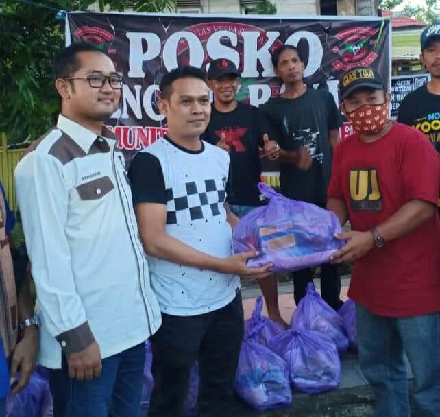 Bantuan Terus Mengalir di Posko Komunitas Vespa Bantaeng Untuk Korban Banjir