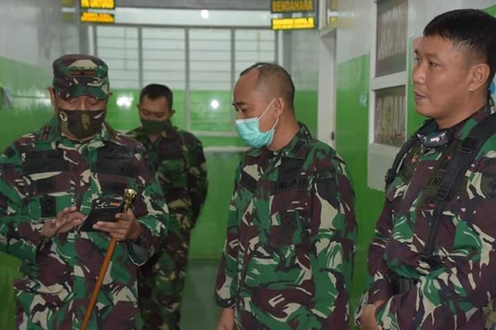 Laksanakan Latihan Posko I di Selayar, Danrem Bersama Rombongan Lakukan Rapid Tes Sebelum berangkat