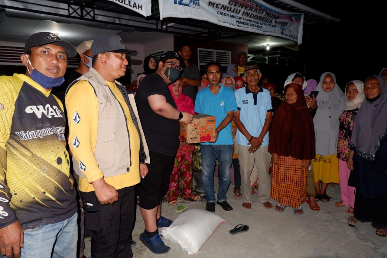 Bersama Ketua DPRD Bone, Andi Isman Maulana Padjalangi Salurkan Bantuan kepada KKM di Masamba