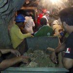 Tim penyelamat menarik 8 mayat lagi dari tambang yang runtuh, Korban jiwa menjadi 16 Orang