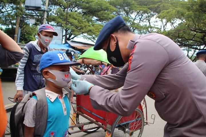 Dukung program pemerintah, Jajaran TNI Polri Bersinergi Dalam upaya memutus penyebaran Covid-19