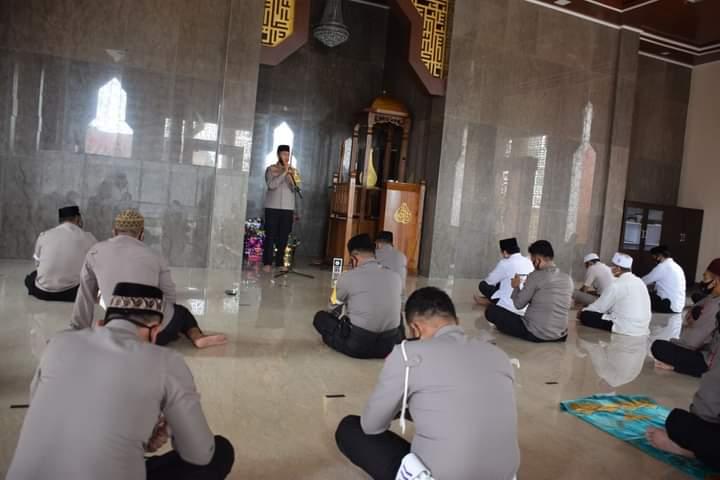 Maulid Nabi, Kapolres Bone mengajak personel meneladani akhlak Rasulullah