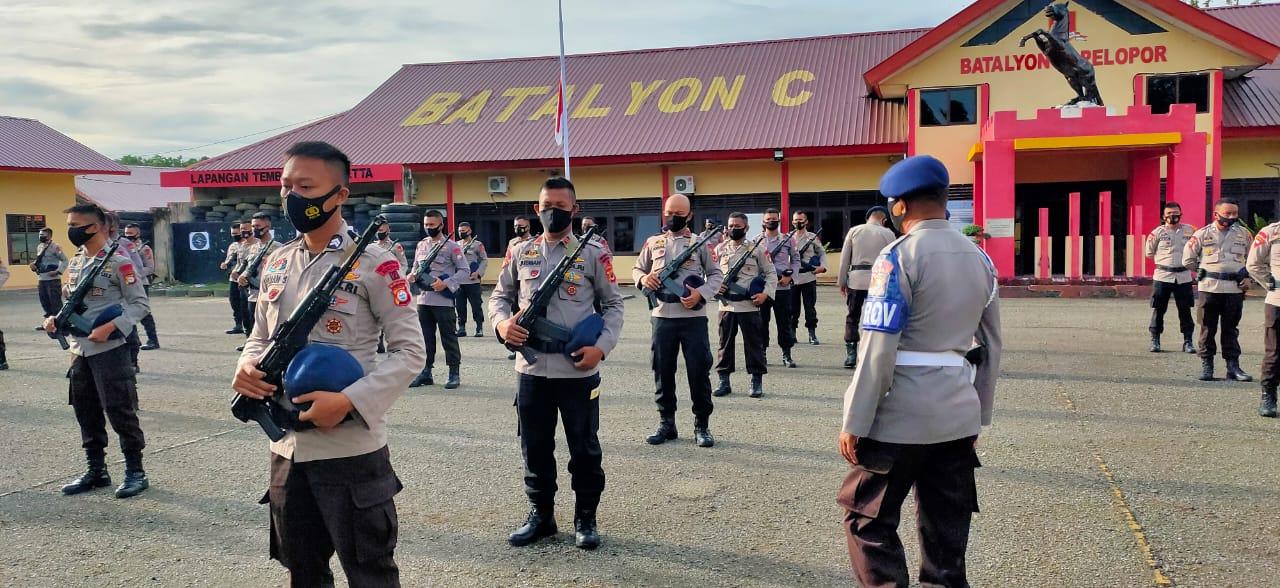Usai Apel Pagi, Personel Batalyon C Pelopor Jalani pemeriksaan Sikap Tampang