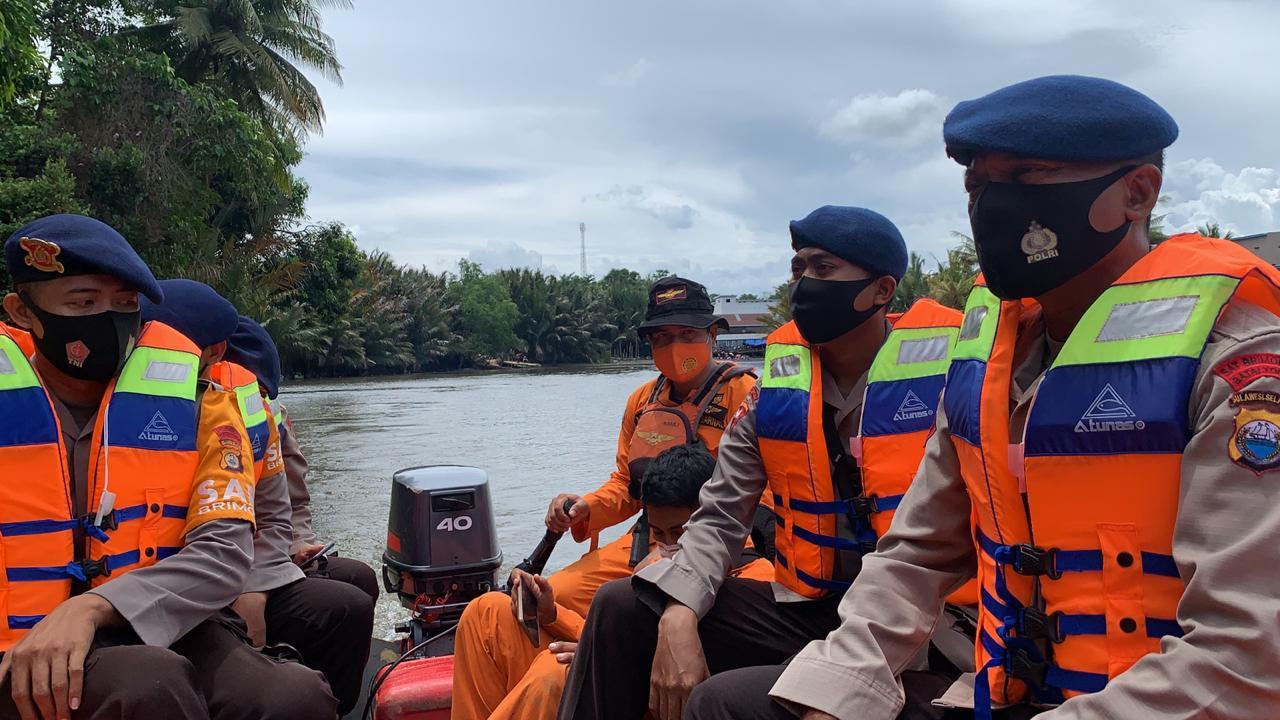 Tim SAR Batalyon C Pelopor Diterjunkan dalam pencarian Remaja yang tenggelam di sungai Walannae