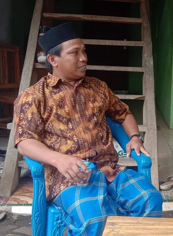 Kepala desa Barana Asrul Bali