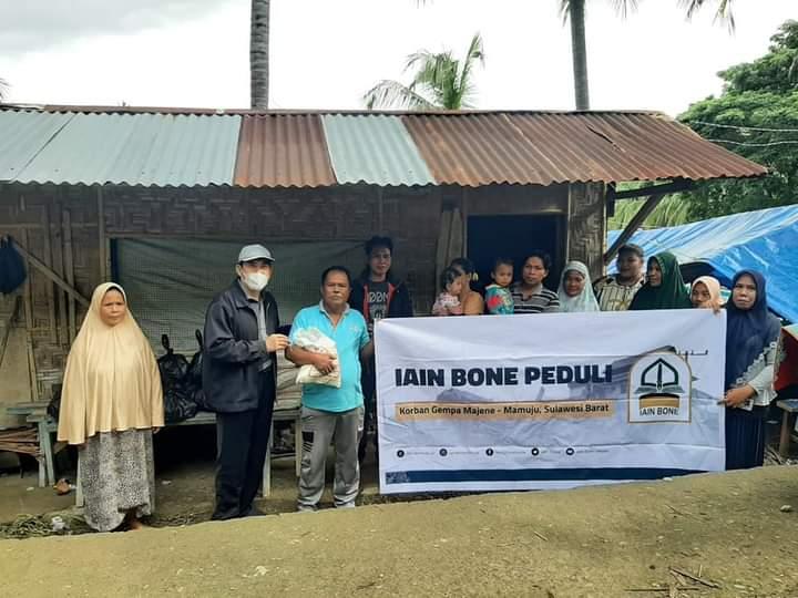 IAIN Bone peduli Serahkan Bantuan dari donasi sivitas akademika Kepada Korba Gempa Sulbar