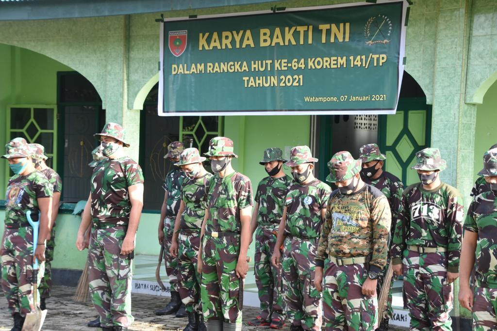 HUT Korem 141/TP ke-64, Personel Korem Bersama Balakrem dan Kodim Bone Gelar Karya Bakti