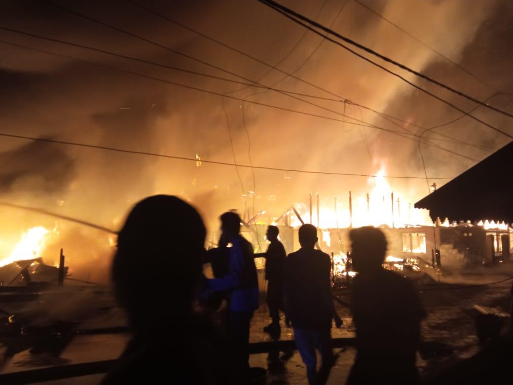 Kebakaran di Bone Ratakan 10 Rumah dan Menewaskan 2 Orang