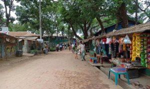 Bangladesh perintahkan penguncian kamp-kamp Muslim Rohingya ketika kasus COVID-19 melonjak