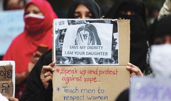 Wanita Muslim di India disiapkan untuk 'Dijual Secara Online' mengutuk Islamofobia di India