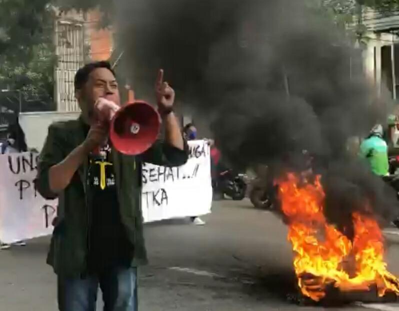 Gelar Aksi, Unsa Menggugat Desak pemerintah bubarkan PPKM dan memulangkan TKA Cina